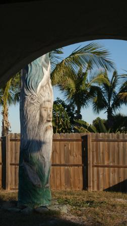 Gulf Sands Beach Resort: The totem at the hotel