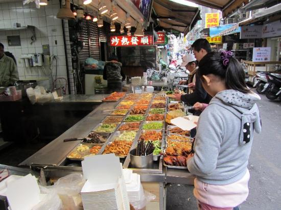 JV's Hostel: Nahe des Marktes