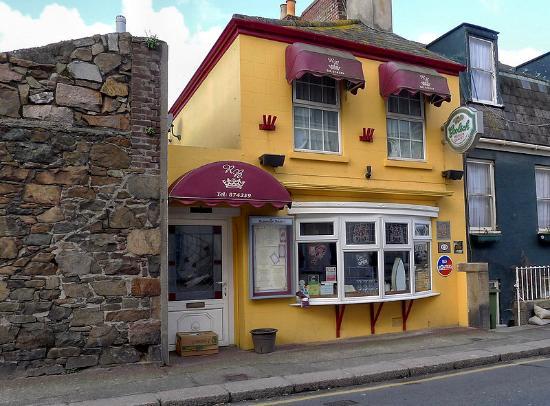 Roseville Bistro: The restaurant