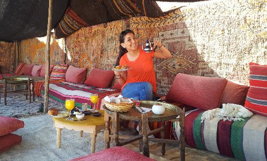 Riad Dubai: breakfast on terrace
