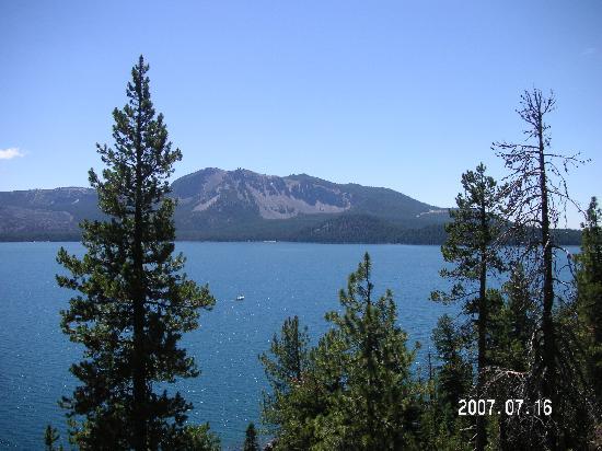 Μπεντ, Όρεγκον: Paulina Lake