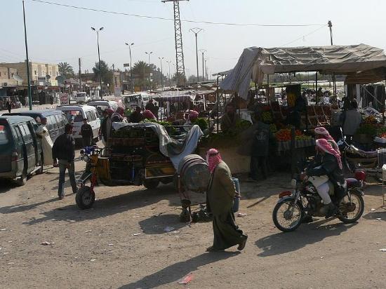Dura-Europos: Gente al mercato nelle vicinanze