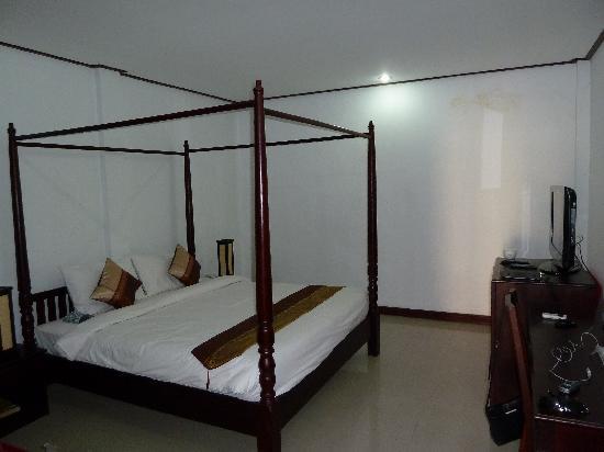 โรงแรมเอวี: suite