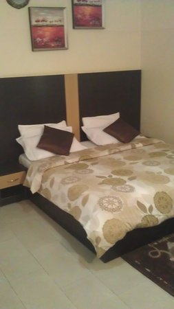 Shafami Suites: Bedroom - Very Comfortable Bed