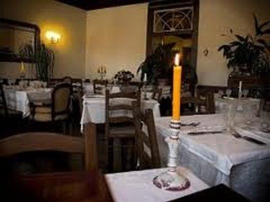 Solar Bragancano: sala jantar,de um só angulo mas não se deixem enganar é grande