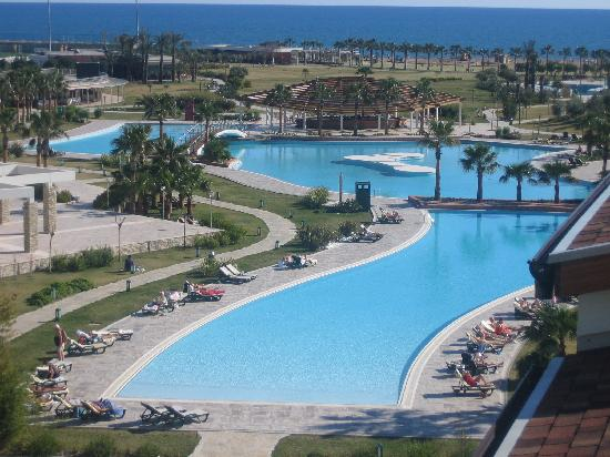 Barut Lara: The beautiful pool