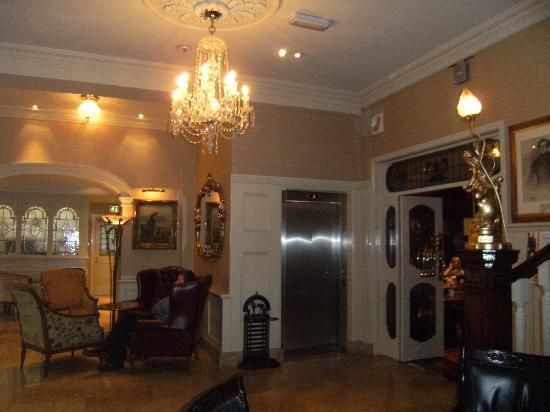 Granville Hotel : Lobby area (2)