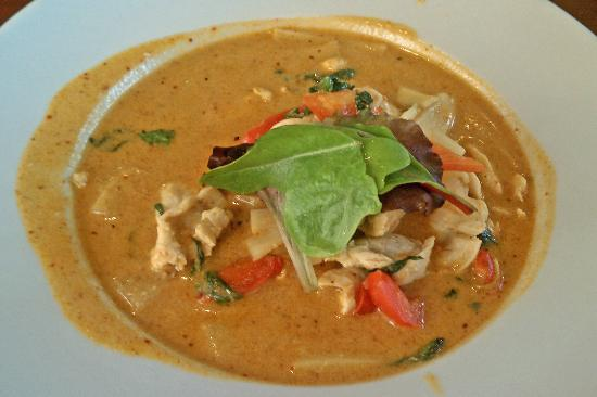 Oudom Thai & Sushi Restaurant : Red Curry with Chicken