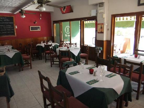 Jose's restaurante e bar: inside view 1