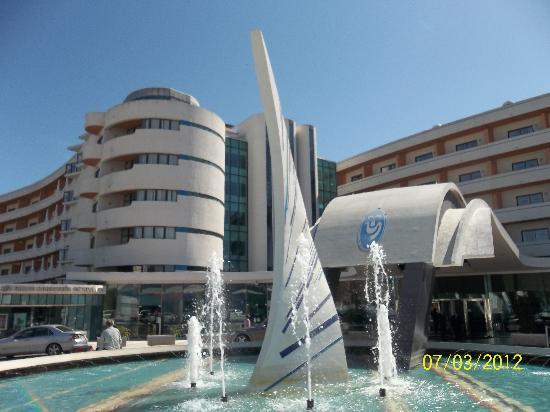 Hotel Paraíso de Albufeira: front of hotel