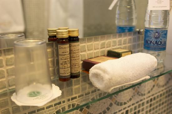 Attirant Chichikov Hotel: Chichikov: Bathroom Toiletries