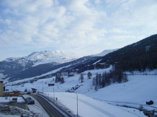 Hotel Aquila: vista dal balcone della camera 10