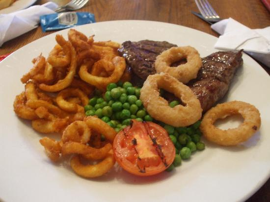 Innkeeper's Lodge, Cardiff: dinner - this was good! burger not as much!