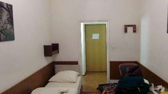 Hotel Mazowiecki: ツインを一人で使用しました