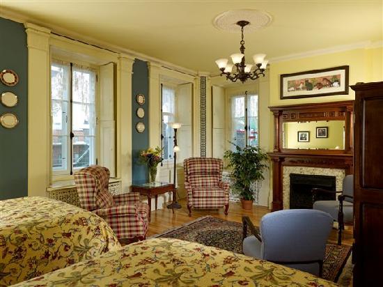 Maison du Fort: Room 6