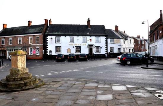 Red Lion Epworth: the hotel