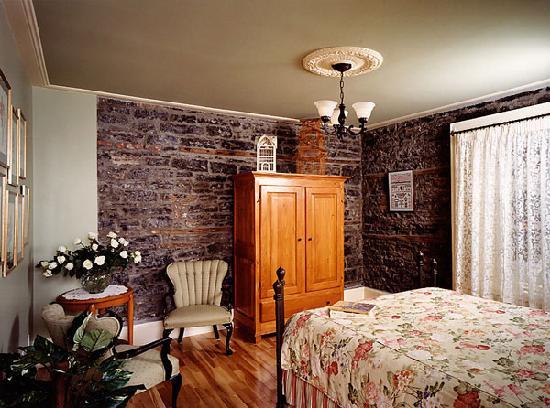 Maison du Fort: Room 9