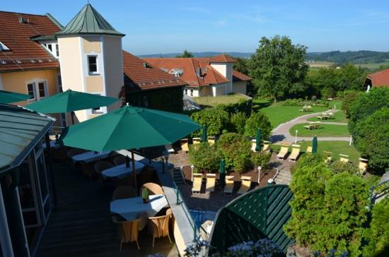 Columbia Hotel Bad Griesbach: Terasse