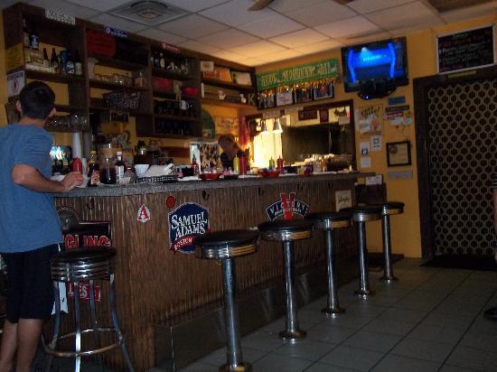 Center Street Nook: The Bar