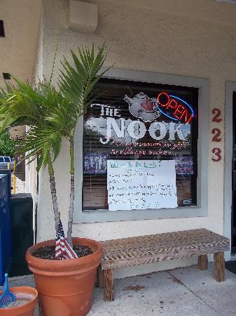 Center Street Nook: The Ooutside (don't miss it)