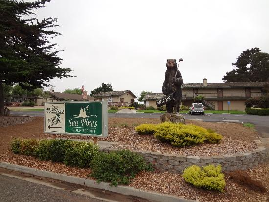 Sea Pines Golf Resort: Entry to Sea Pine Resort