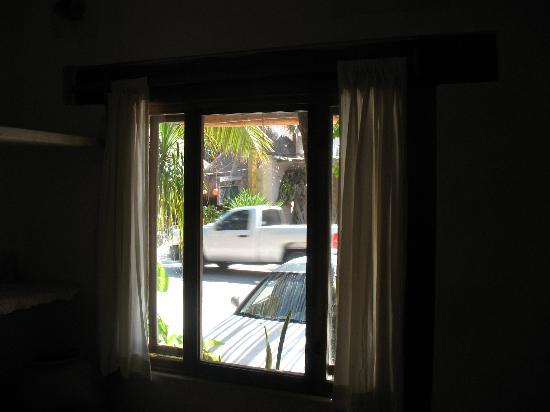 لا بوسادا ديل سول: La vista dall'interno della camera