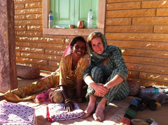 Pabu Ki Dhani eco Farm : Alison and Kamla