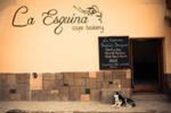 La Esquina Cafe-Bakery: Welcome to La Esquina