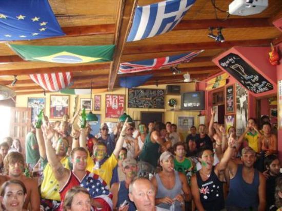 Fun Pub: Watching sports