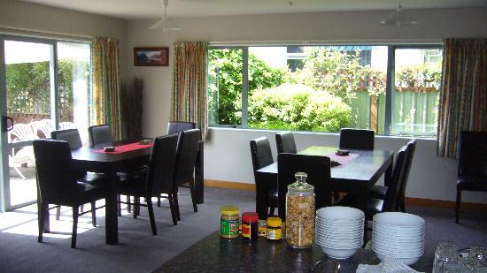 Cosy Kiwi B&B: Breakfast room