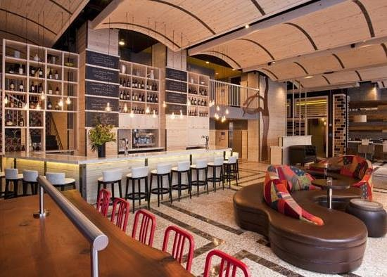 The Gastro Bar At 35th New York City Hell S Kitchen
