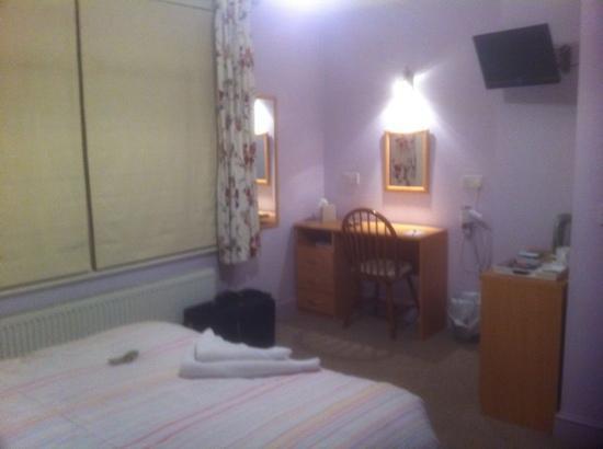 Holbrook Bed & Breakfast: My room