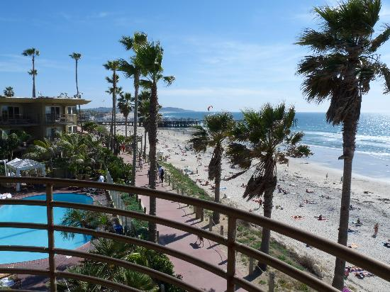 Pacific Terrace Hotel: beautiful views from Master Suite