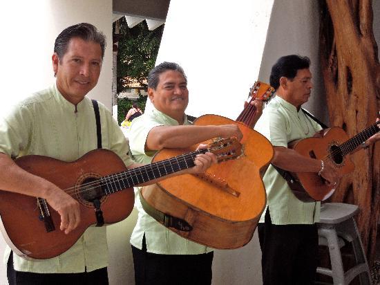 Park Royal Ixtapa : Musicians