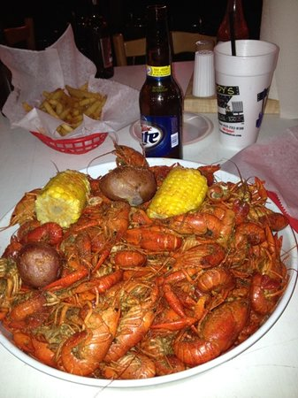Champy's: Best Crawfish in town!