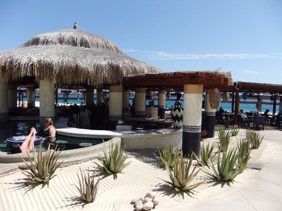 The Sea Grill: Beautiful open air location
