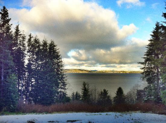 Alert Bay Cabins: Blue Skies
