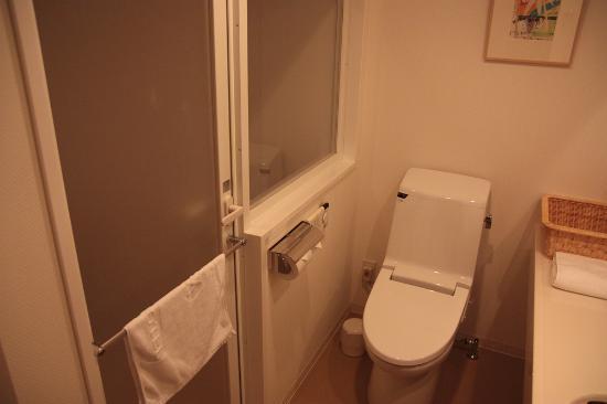 J Hotel Rinku : トイレ