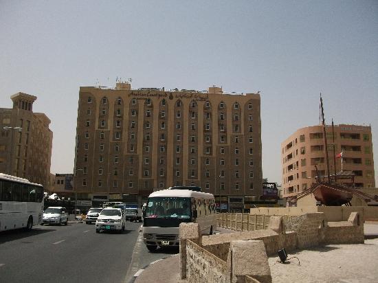 Arabian Courtyard Hotel & Spa : Aussenfassade