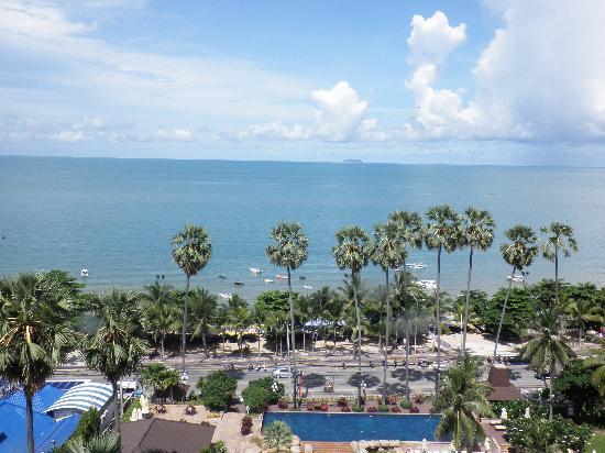 Jomtien Palm Beach Hotel & Resort: view from room