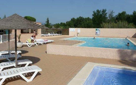 Saint-Jean-Pla-de-Corts, France : piscine