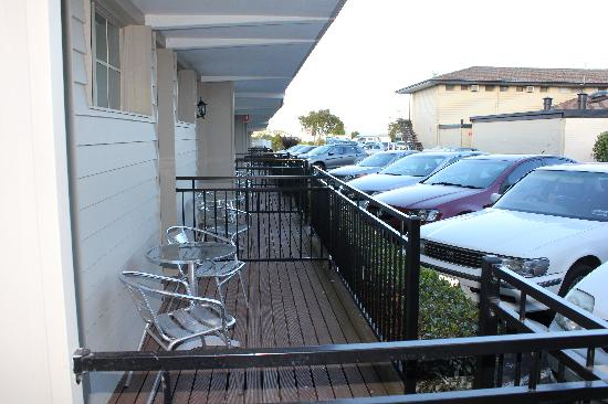 Ibis Styles Albany: Bottom floor units and car parking