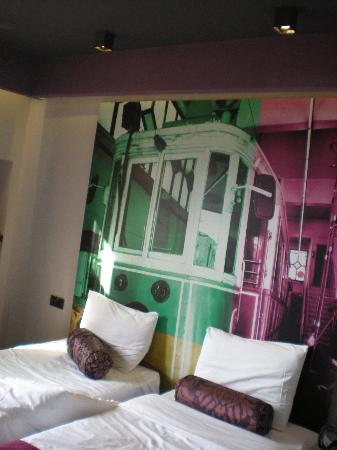 City By Molton Hotels: our room