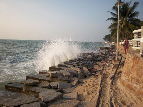 Wong Amat Beach: Wong Amat Beach