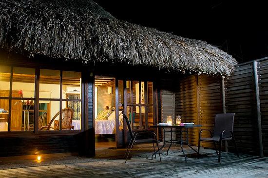 Isla Mucura, Colombia: VISTA MAR NOCHE