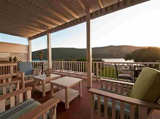 The Knysna Belle: Sundowners on our front patio