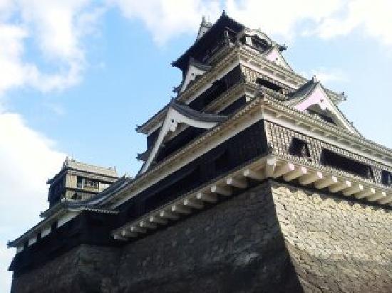 Kumamoto Castle: 西南戦争にて当初の城は消失