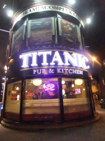 Titanic Pub And Kitchen