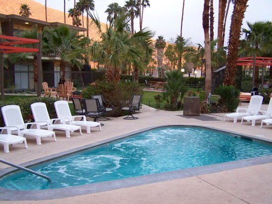 Best Western Plus Las Brisas Hotel Inn At Palm Springs
