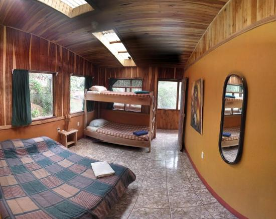 Casa Tranquilo Hostel: Bedroom may be used as a Dorm